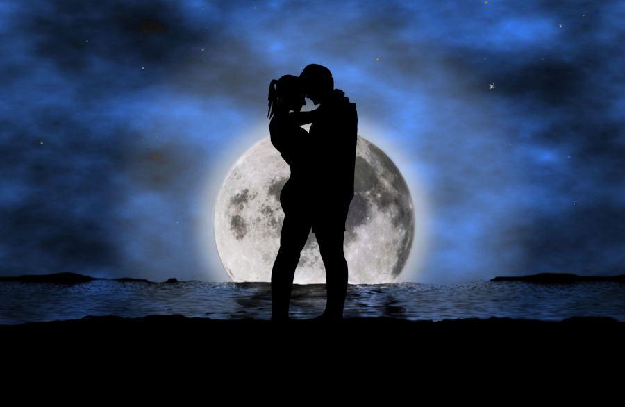 Full-Moon-Romance